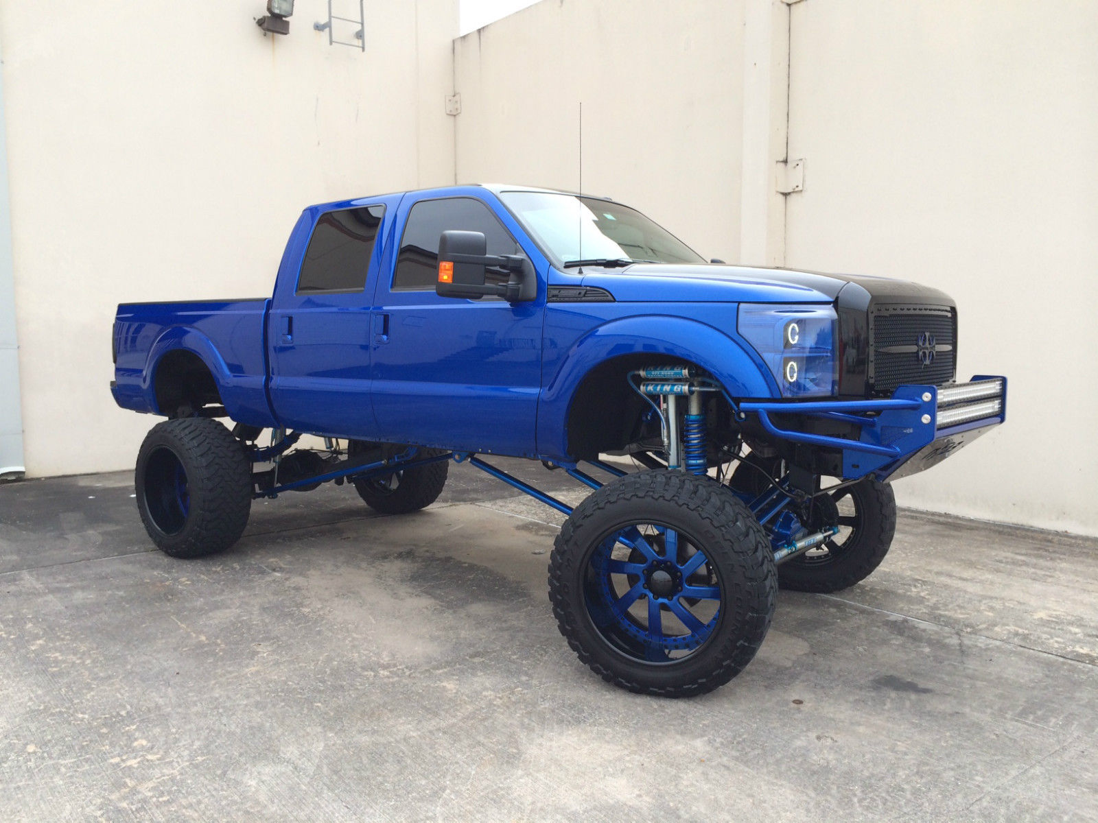 F250 With 17 Lift Wow Offroad Wtf