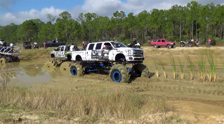 mudding monster truck